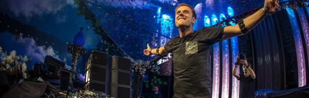 "Armin van Buuren releases fourth single of ""Embrace"" album: ""Freefall"""