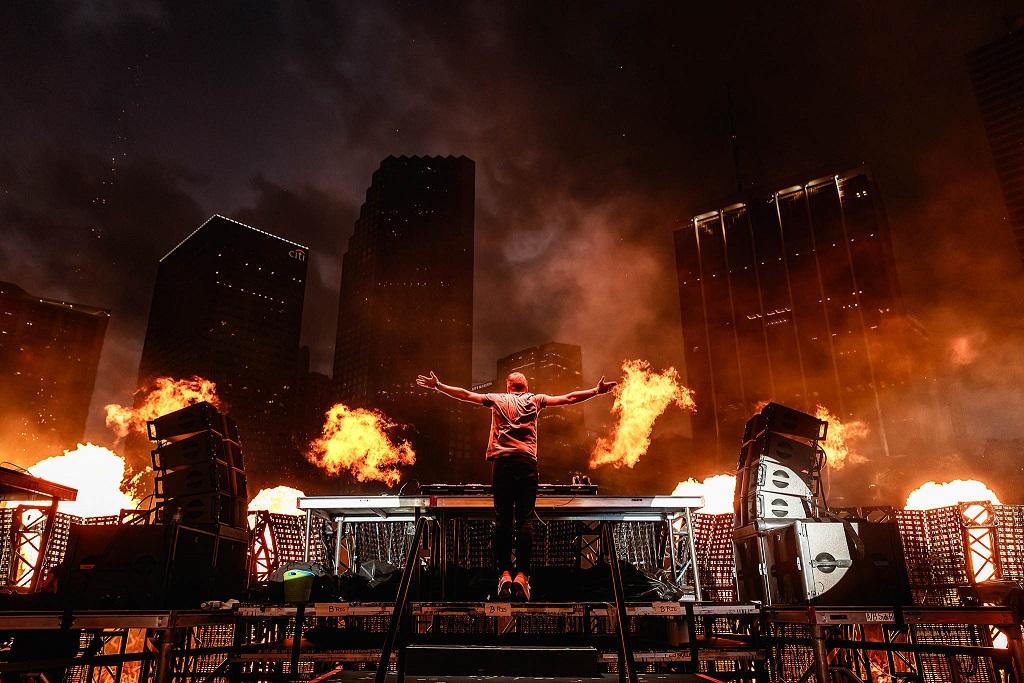 Armin van Buuren UMF Miami